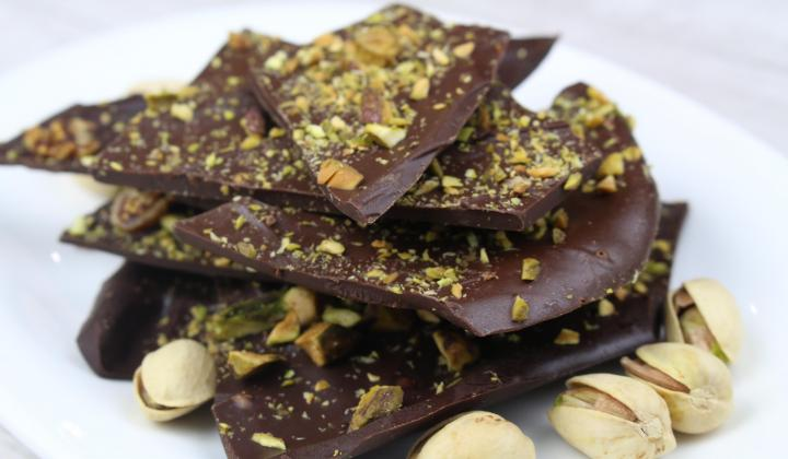 Chocolate Chip Pistachio Bark